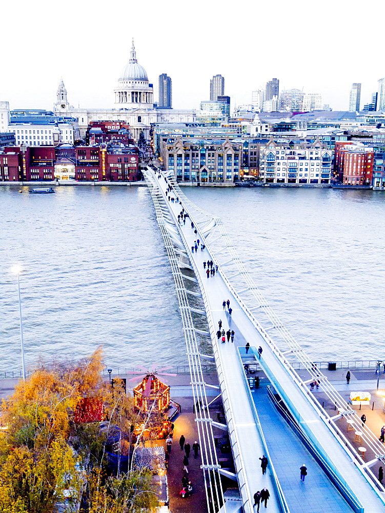 St. Pauls and the Millennium Bridge over the River Thames, London, England, United Kingdom, Europe