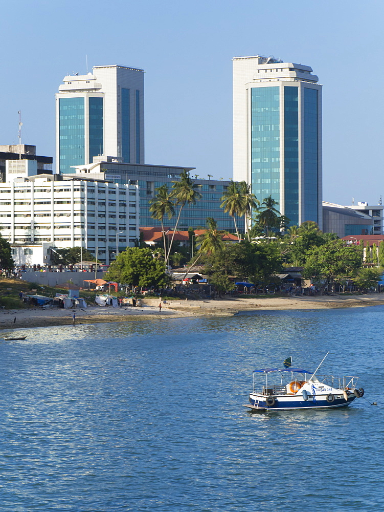 Harbour waterfront, Dar es Salaam, Tanzania, East Africa, Africa - 367-6028