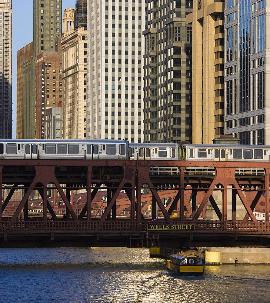 An El train on the Elevated train system crossing Wells Street Bridge, Chicago, Illinois, United States of America, North America - 462-2282