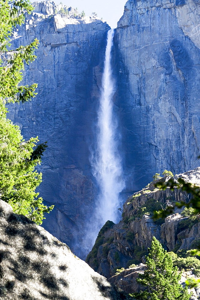 Yosemite Falls, Yosemite National Park, UNESCO World Heritage Site, California, United States of America, North America - 483-2104