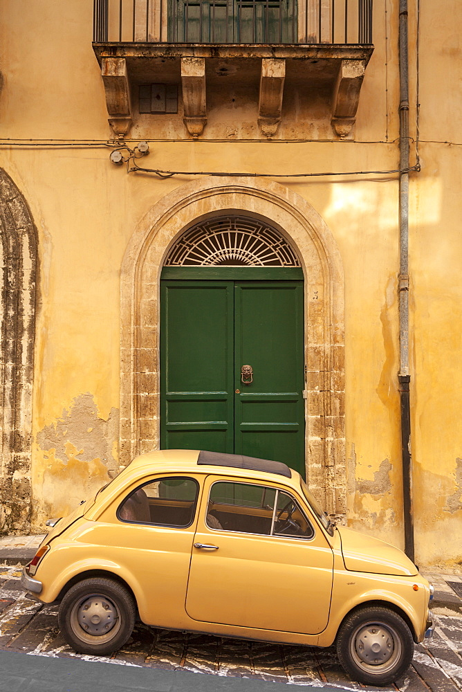 Old Fiat 500 parked in street, Noto, Sicily, Italy, Europe - 526-3843
