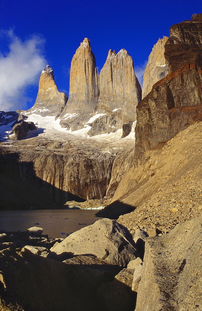 Mountain Lake, Tierra del Fuego, Torres del Paine National Park, Chile - 563-185