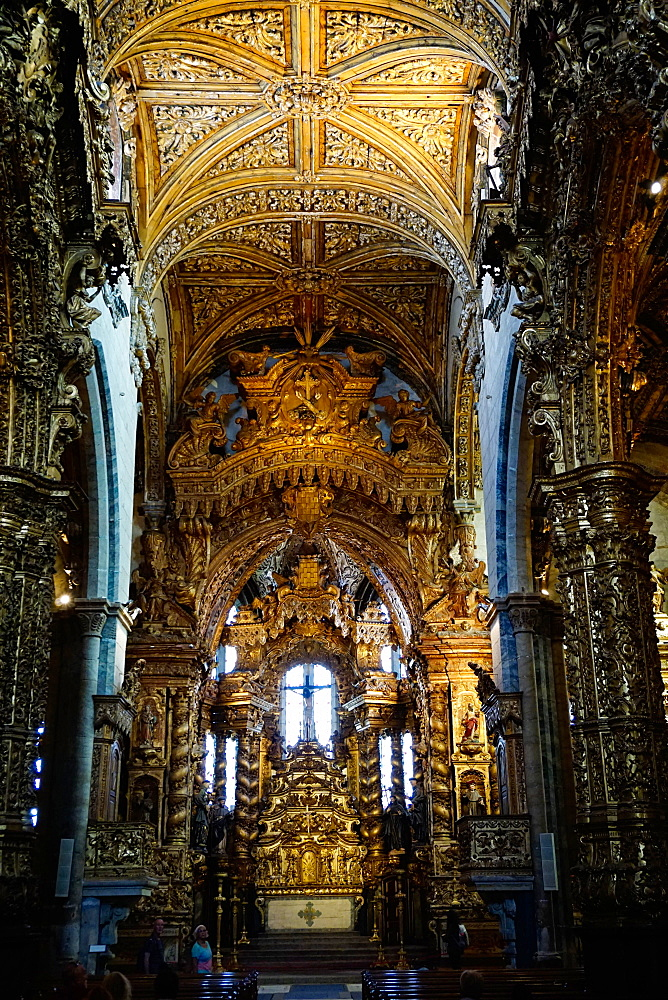 Sao Francisco Church, 600 years old, in the Ribiera district, UNESCO World Heritage Site, Porto (Oporto), Portugal, Europe - 641-13407