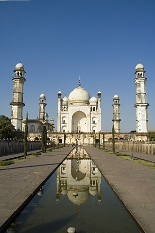 The Bibi ka Maqbara was uilt by Azam Shah in 1678,  as a son's tribute to his mother, Begum Rabia Durrani, the Queen of Mughal emperor Aurangzeb. Aurangubad, Maharashtra, India