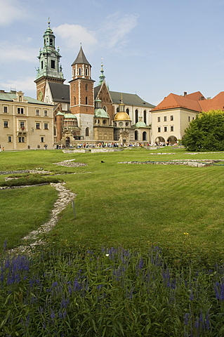 Wawel Catherdral, Royal Castle area, Krakow (Cracow), UNESCO World Heritage Site, Poland, Europe