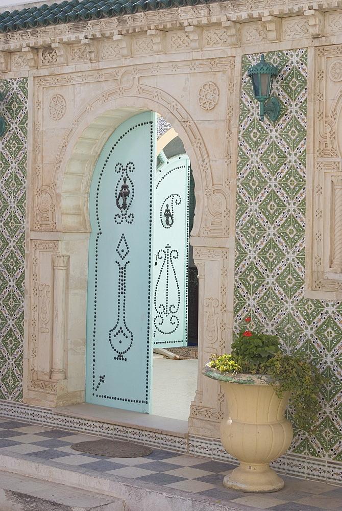 Door, El Djem, Tunisia, North Africa, Africa