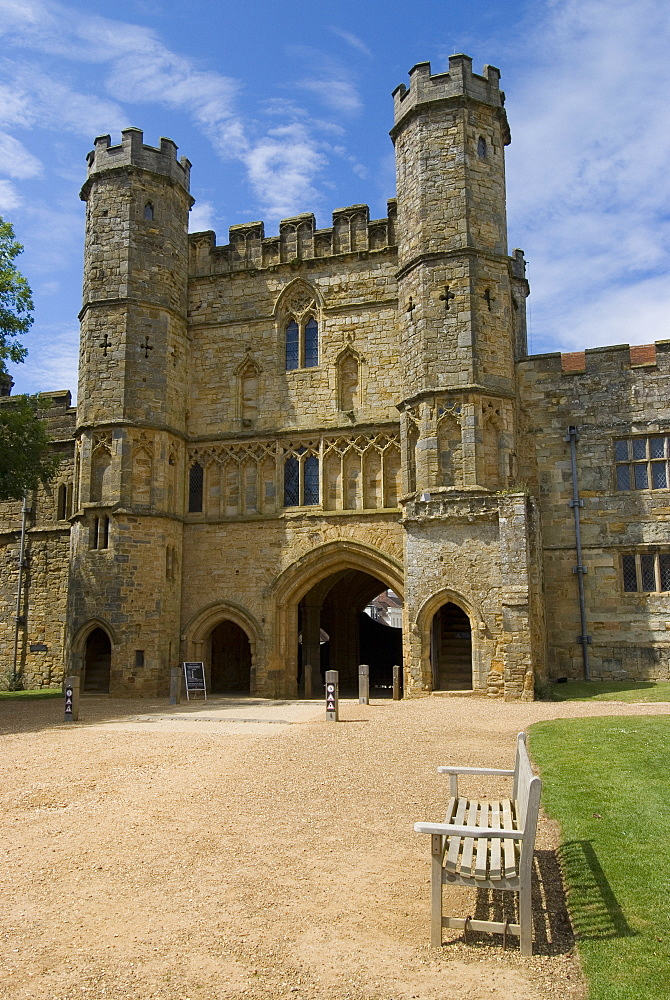Main entrance and Gatehouse, Battle Abbey, Battle, Sussex, England, United Kingdom, Europe