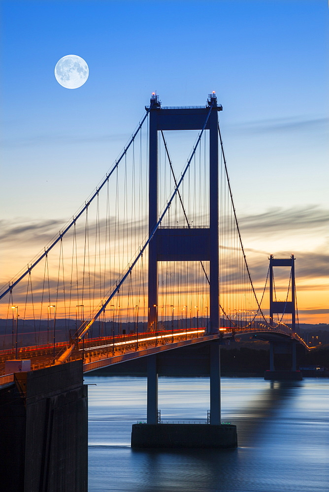 Old (First) Severn Bridge, Avon, England, United Kingdom, Europe - 696-782
