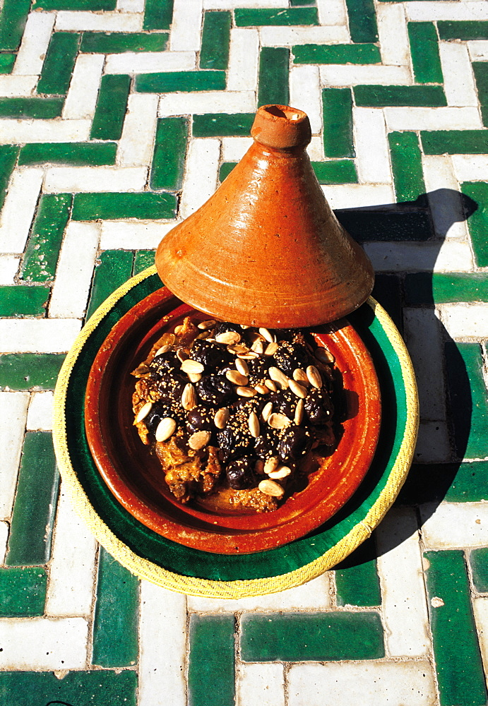 Morocco, Marrakech, La Mamounia Terrace, A Tajine (Traditional Meat Dish) Cooked In A Pottery Pan - 700-6827