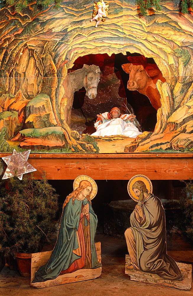 France, Provence, Alpes Maritimes 06, Saorge Church, Baroque Christ Child's Crib - 700-8020