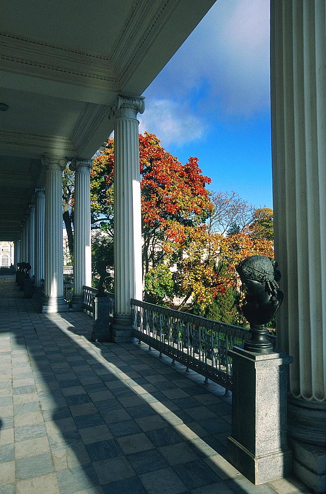 Russia, St-Petersburg, Tsarskoie Selo (Pushkin), Catherine Ii Palace, The Gallery On Park At Fall