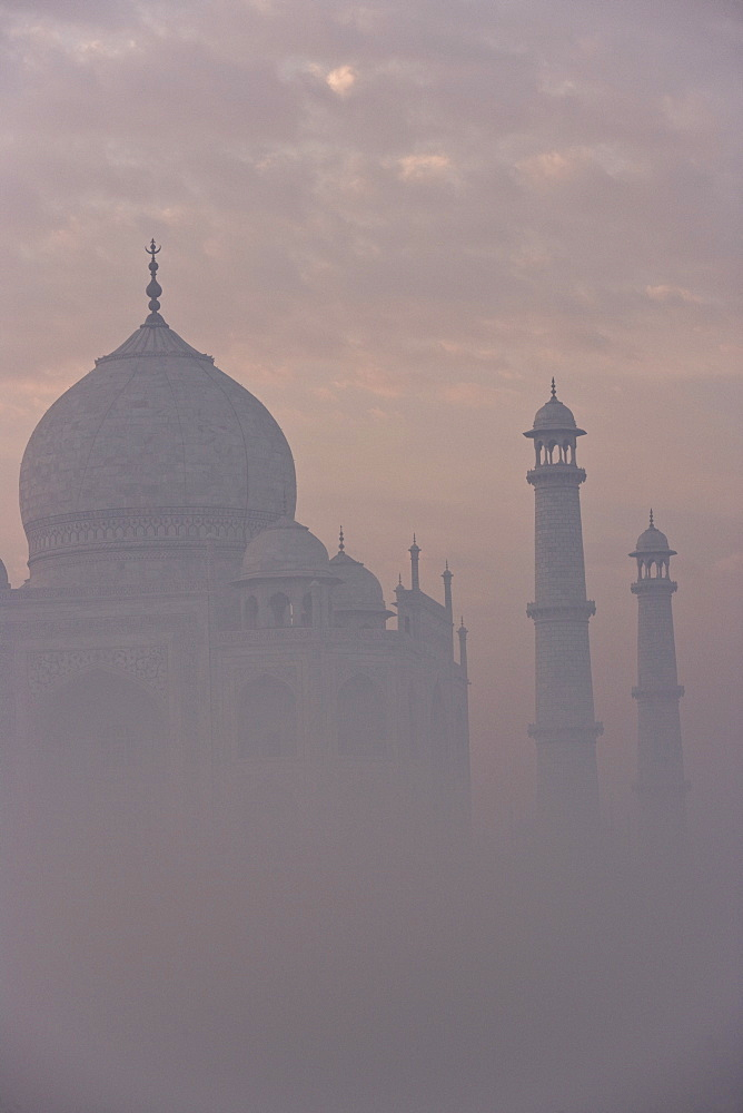 Taj Mahal, UNESCO World Heritage Site, Agra, Uttar Pradesh state, India, Asia - 728-4922