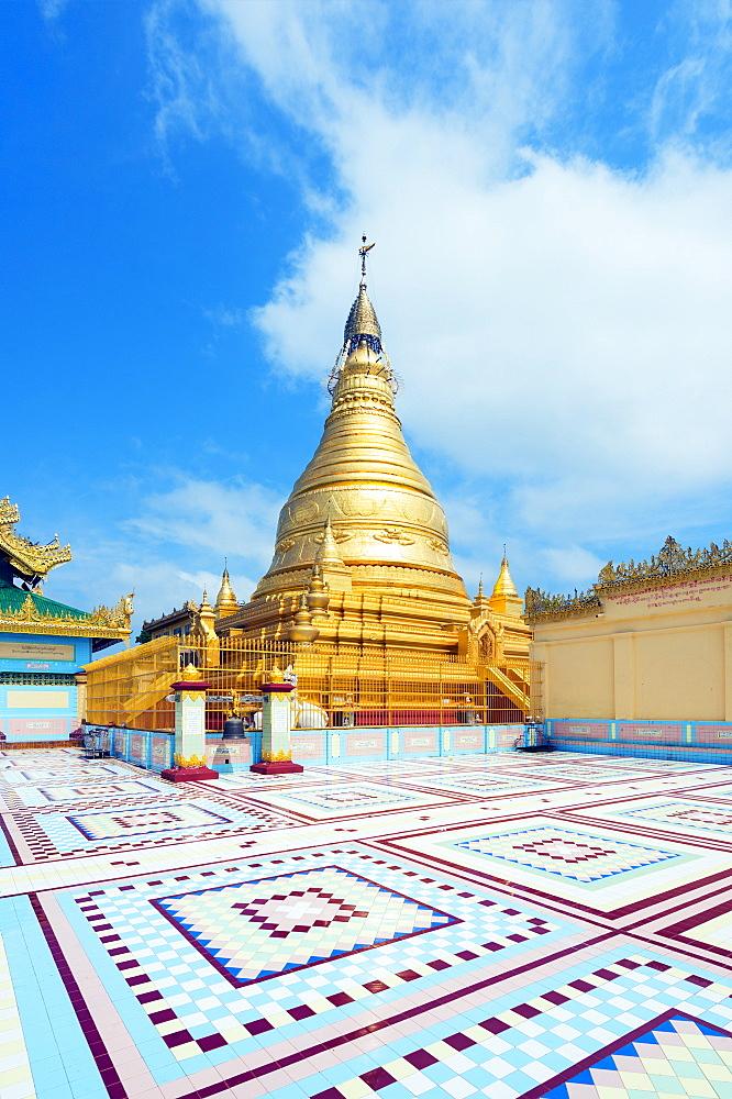 Sagaing Hill stupa, Mandalay, Myanmar (Burma), Asia