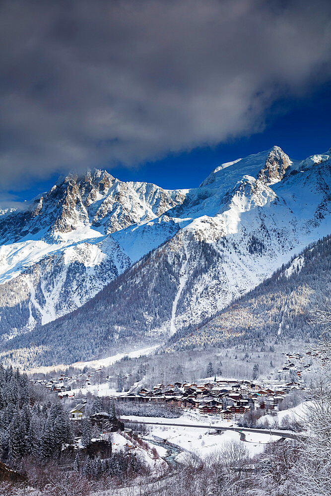 Les Houches village below Mont Blanc, Chamonix, Haute Savoie, Rhone Alpes, France, Europe