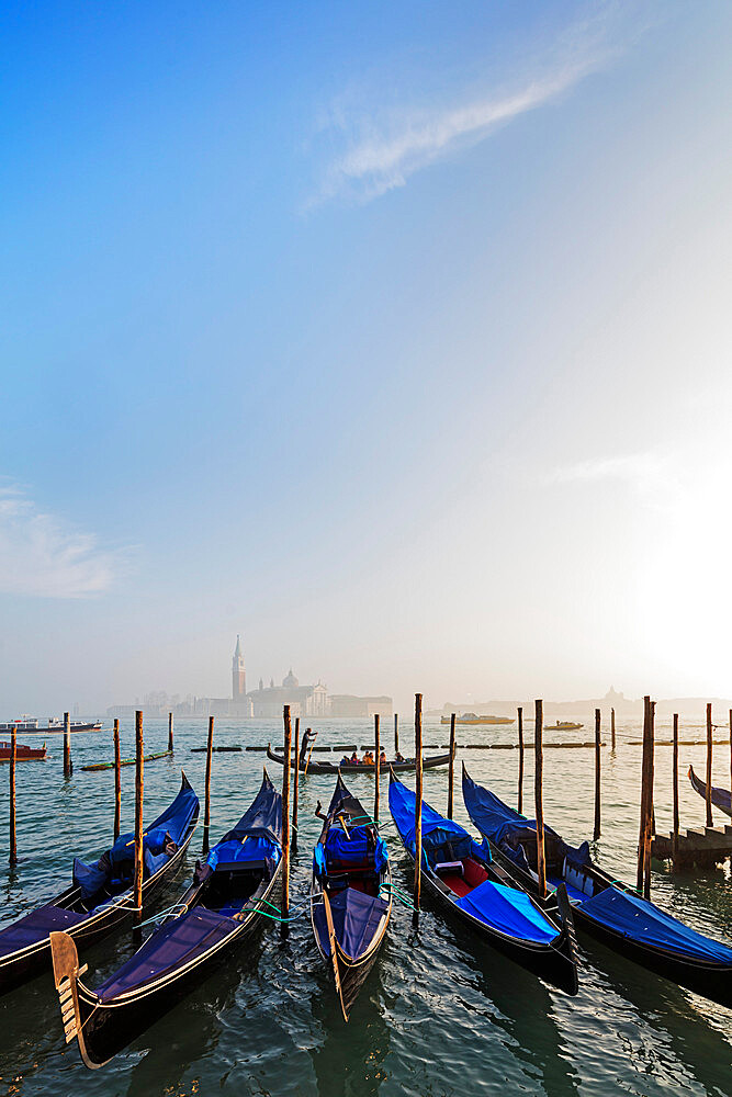 Europe, Italy, Venice, Unesco World Heritage Site, gondola and San Giorgio Maggiore Church across Basino di San Marco