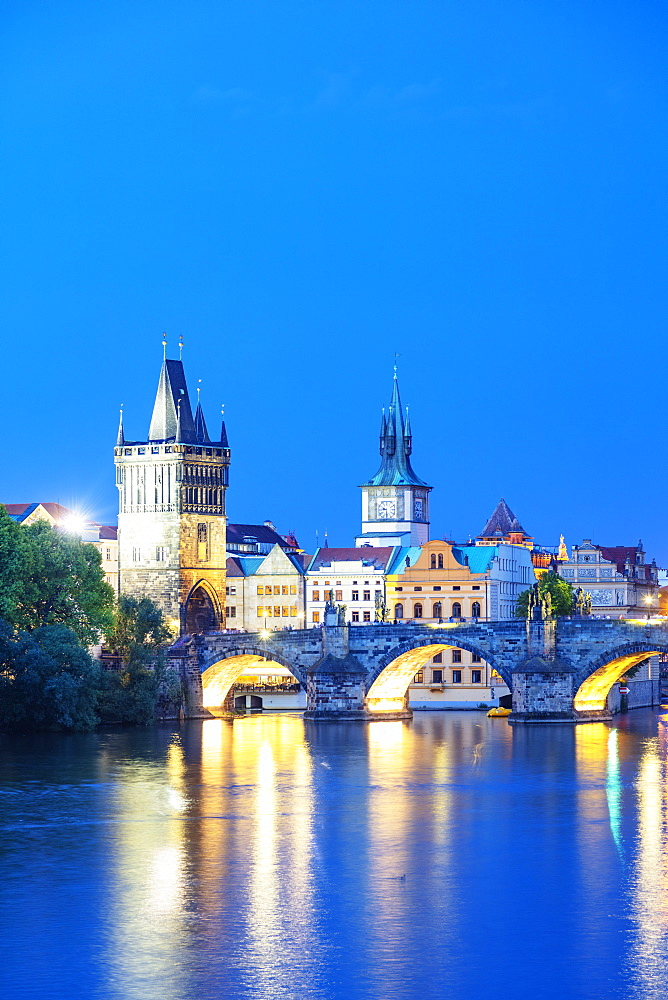 Europe, Czech Republic, Bohemia, Prague, Unesco site, Charles bridge on the Vltava river