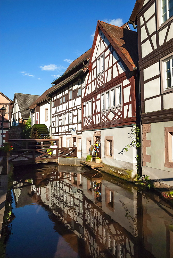 Annweiler am Trifels, Millwheel, River Queike, Rhineland-Palatinate, Germany, Europe - 747-1938