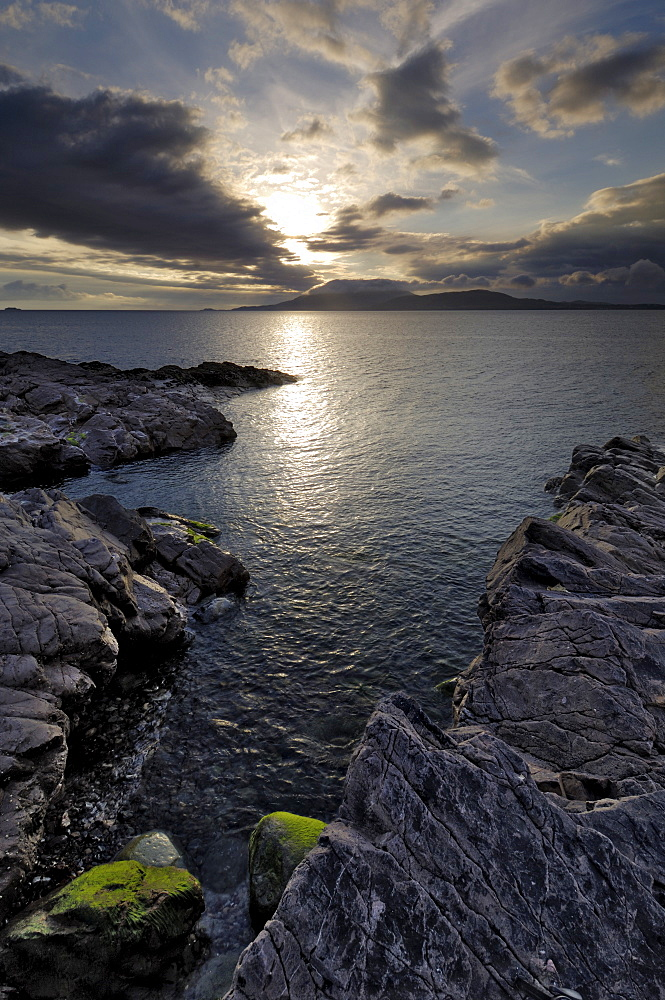Clew Bay at dusk looking towards Clare Island, County Mayo, Connacht, Republic of Ireland (Eire), Europe