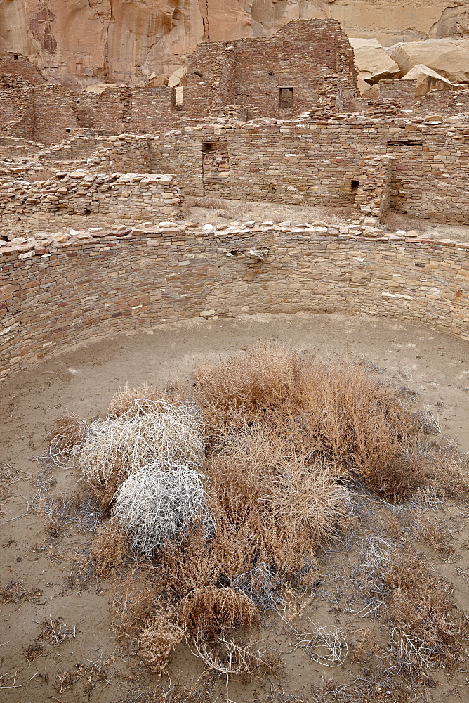 Kiva and other structures at Pueblo Bonito, Chaco Culture National Historic Park, UNESCO World Heritage Site, New Mexico, United States of America, North America