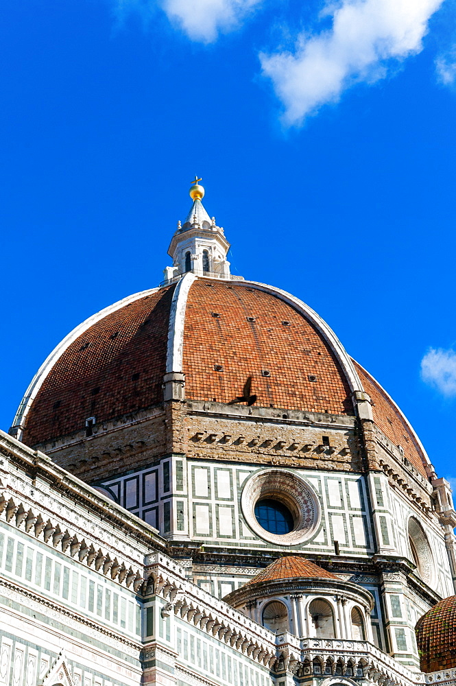 The Duomo (Cathedral), the dome of Brunelleschi, Piazza del Duomo, UNESCO World Heritage Site, Florence (Firenze), Tuscany, Italy, Europe