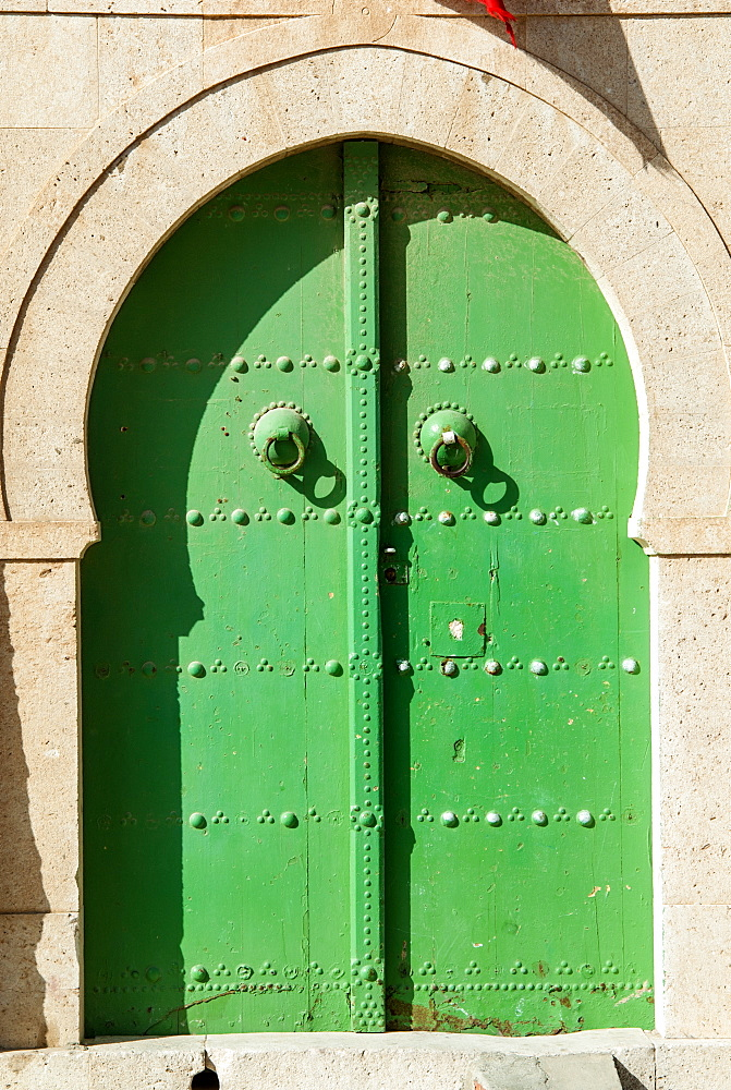 Green door, La Goulette, Tunisia, North Africa, Africa