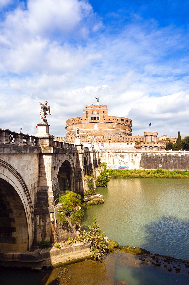 Mausoleum of Hadrian known as Castel Sant'Angelo, Ponte Sant'Angelo, Tiber River, Unesco World Heritage Site, Rome, Latium, Italy, Europe - 765-1950