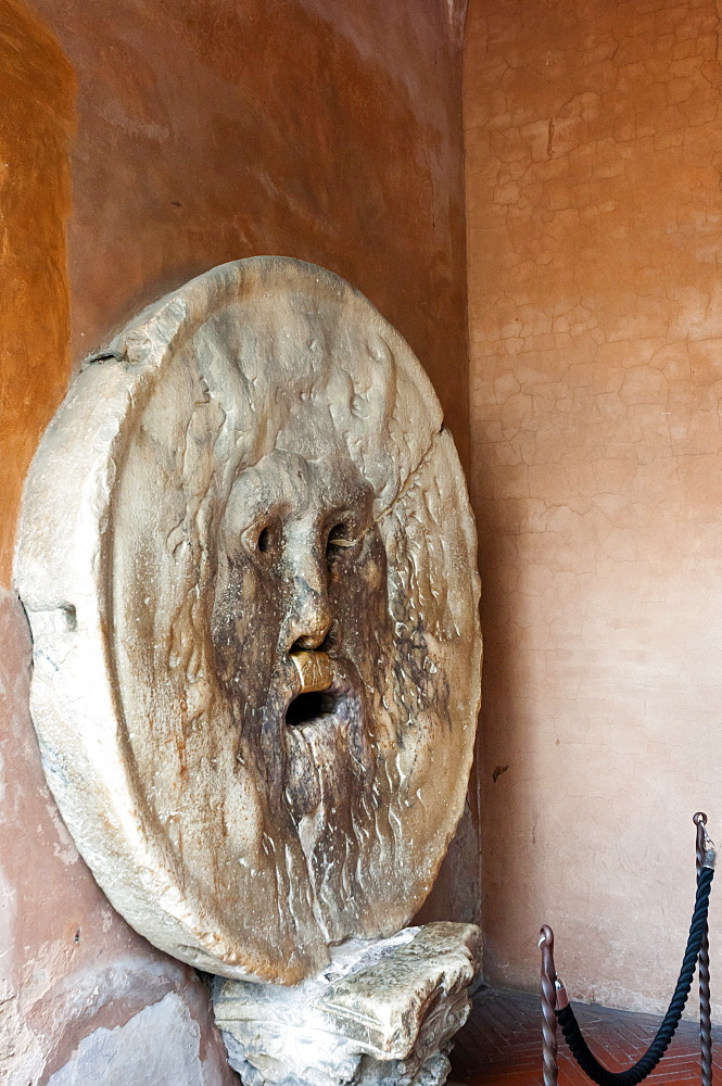 Mouth of Truth (Bocca della Verita), Basilica of St. Maria in Cosmedin, Rome, UNESCO World Heritage Site, Lazio, Italy, Europe
