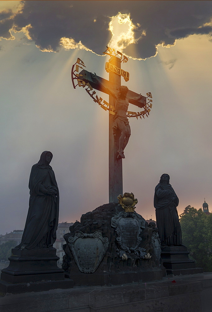 Statues on Charles Bridge, UNESCO World Heritage Site, Prague, Czech Republic, Europe