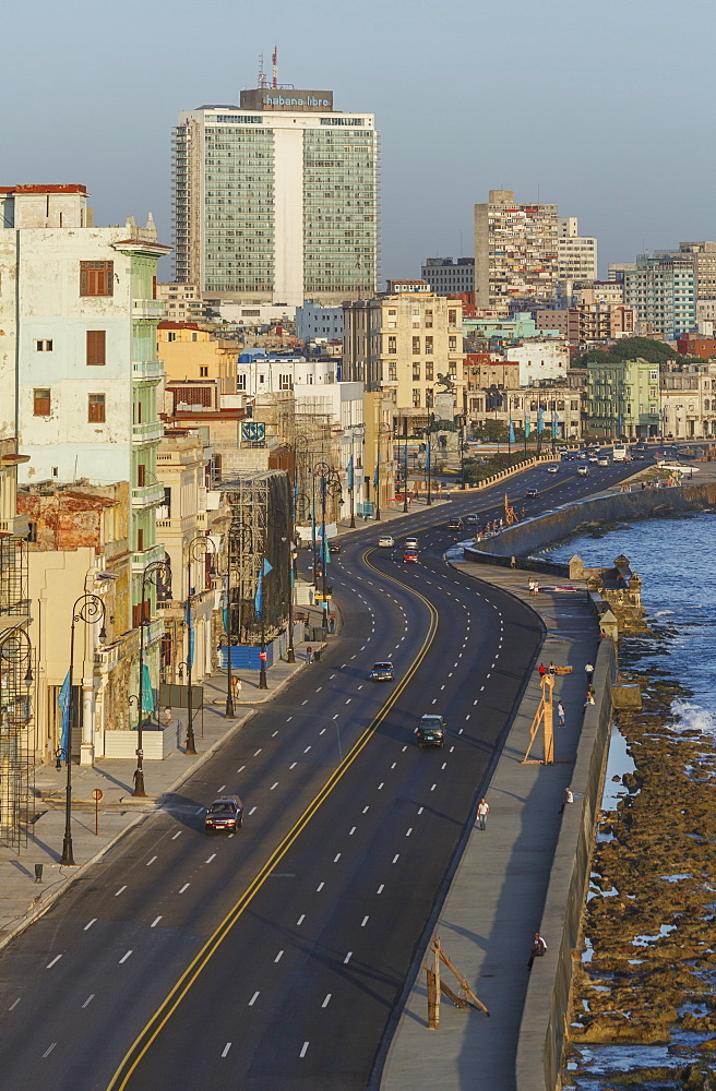 The Malecon, Havana, Cuba, West Indies, Caribbean, Central America - 772-3672