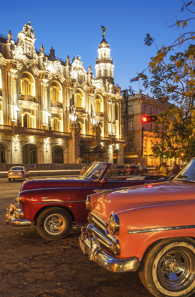 Havana at night, Cuba, West Indies, Caribbean, Central America - 772-3682