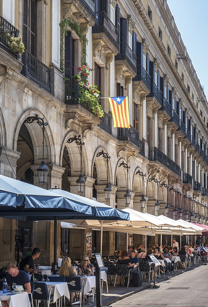 Spain. Barcelona. Plaza Real