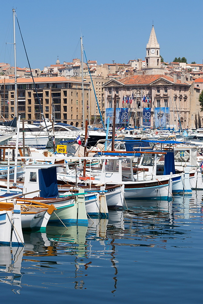 Traditional fishing boats moored in the Old Port of Marseille, Provence, France, Europe