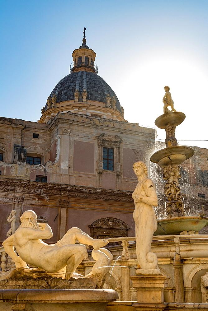 Sculptures of the Fontana Pretoria in Piazza Pretoria in Palermo, Sicily, Italy, Europe