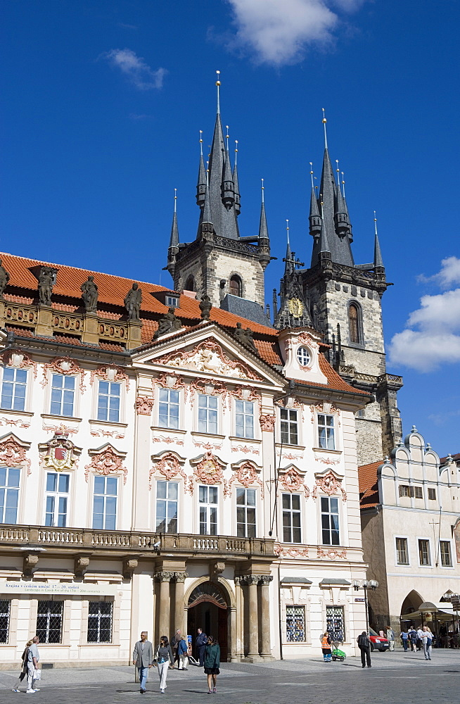 Kisky Palace, Old Town Square, with the Church of Our Lady before Tyn in background, Old Town, Prague, Czech Republic, Europe