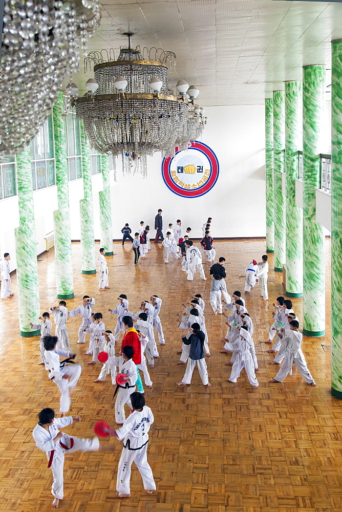 Tae kwon do class, Mangyongdae Schoolchildren's Palace, Pyongyang, Democratic People's Republic of Korea (DPRK), North Korea, Asia