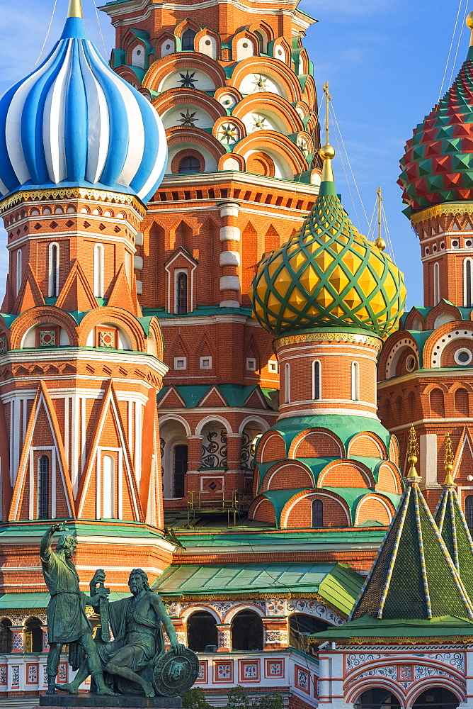 St. Basils Cathedral in Red Square, UNESCO World Heritage Site, Moscow, Russia, Europe - 794-4355