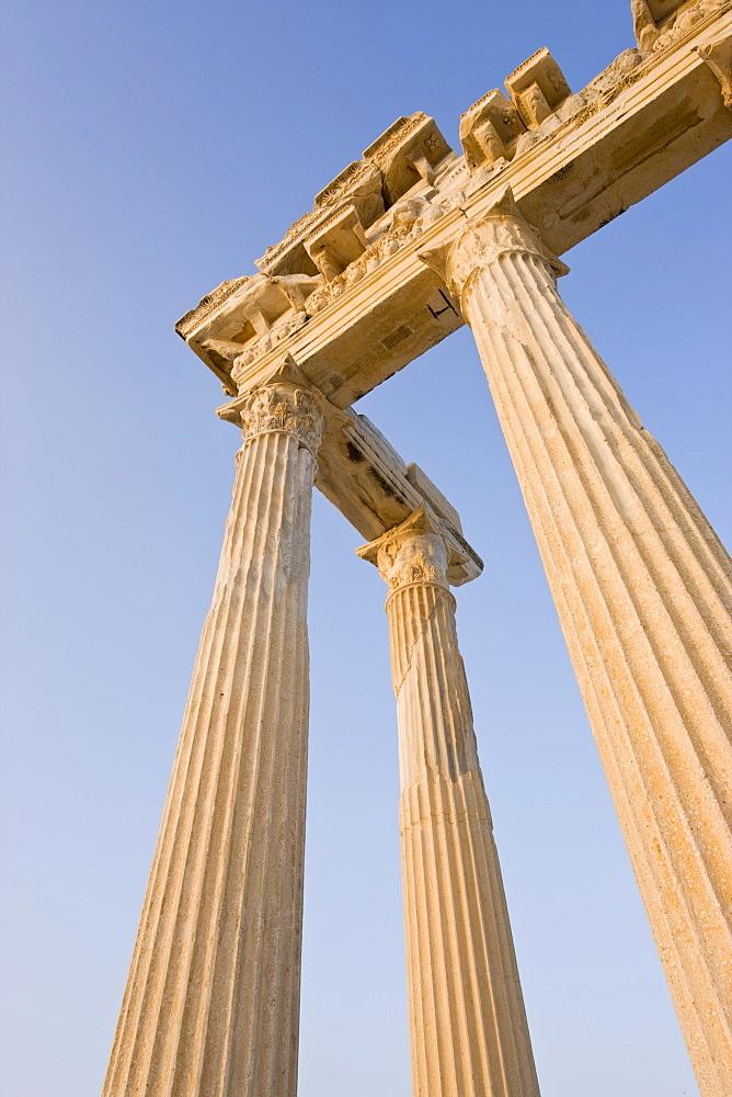 Roman ruins of the Temple of Apollo, Side, Anatalya Province, Anatolia, Turkey, Asia Minor, Eurasia