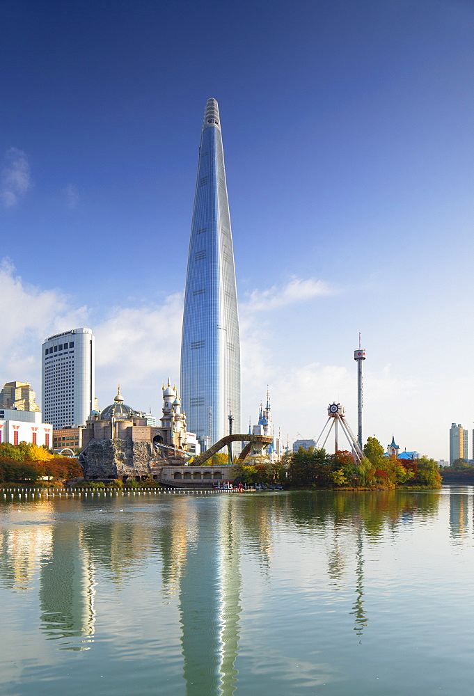 Lotte World Tower and Lotte World Adventure theme park, Seoul, South Korea, Asia