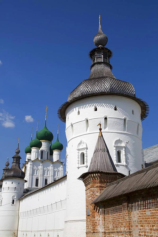 Towers and Kremlin Wall, Rostov Veliky, Golden Ring, Yaroslavl Oblast, Russia, Europe - 801-2324