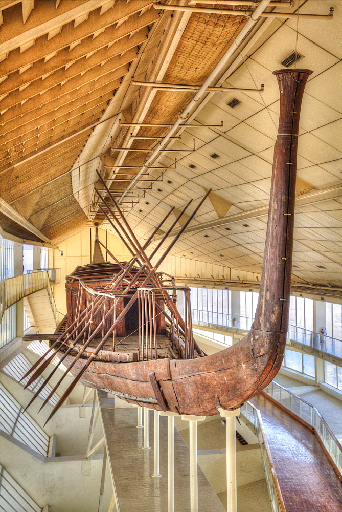 The Khufu Ship, Giza Solar Boat Museum, Great Pyramids of Giza, UNESCO World Heritage Site, Giza, Egypt, North Africa, Africa