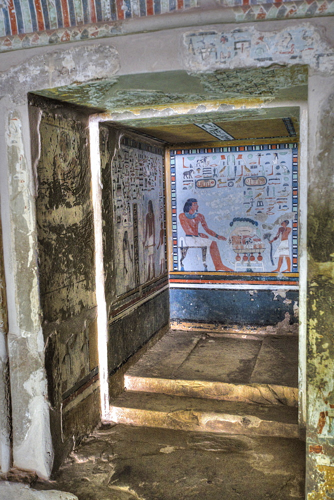 Fresco of Sirenput II with Wife and Son, in Tomb Recess, Tomb of Sirenput II, Tombs of the Nobles, Aswan, Egypt, North Africa, Africa