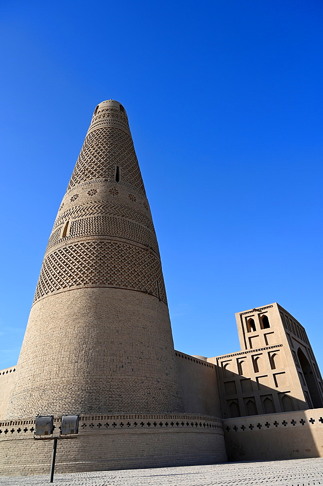 Emin Tower at the Uyghur Mosque, built in 1777 from wood and brick, Turfan, Silk Road, Xinjiang, China, Asia