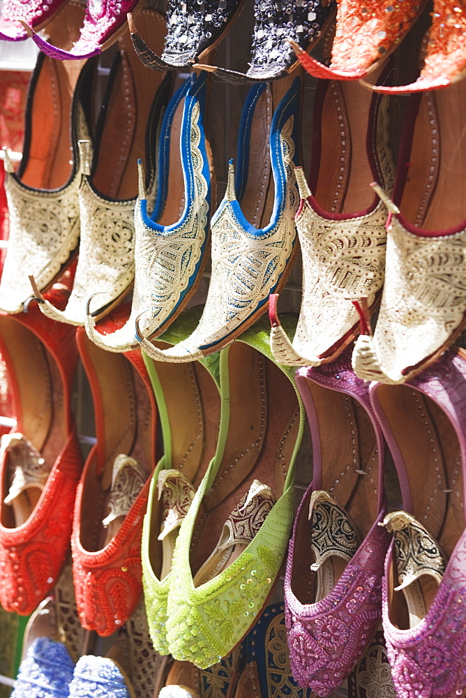 Traditional Arabic curly toed slippers, Deira, Dubai, United Arab Emirates, Middle East