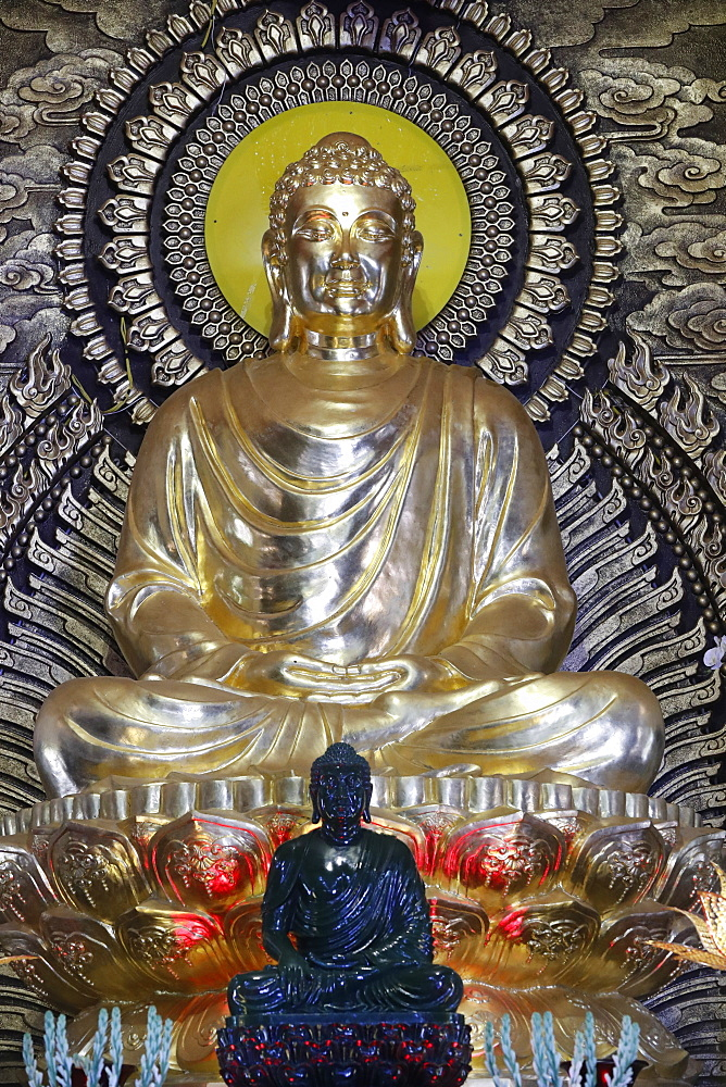 The Enlightenment of the Buddha, Phat Ngoc Xa Loi Buddhist temple, Can Tho, Vietnam, Indochina, Southeast Asia, Asia - 809-7671