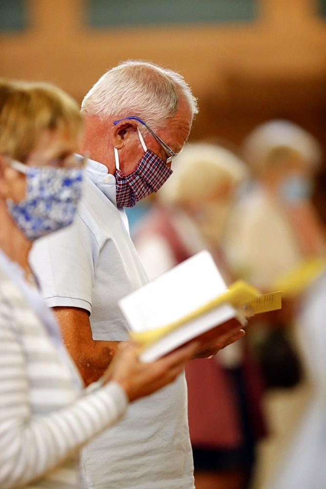 Coronavirus epidemic (Covid-19), Pentecost Mass after lockdown, distance measurement, Saint Joseph des Fins Basilica, Annecy, Haute Savoie, France, Europe - 809-8088