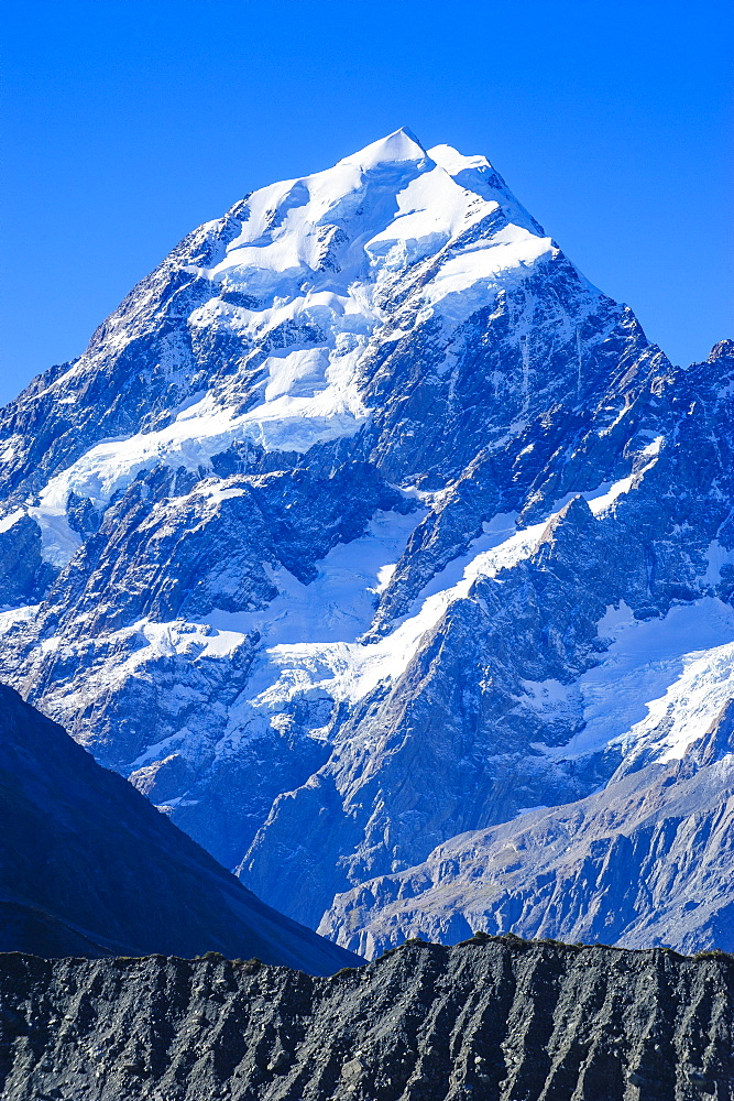 Close up of Mount Cook, the highest mountain in New Zealand, UNESCO World Heritage Site, South Island, New Zealand, Pacific