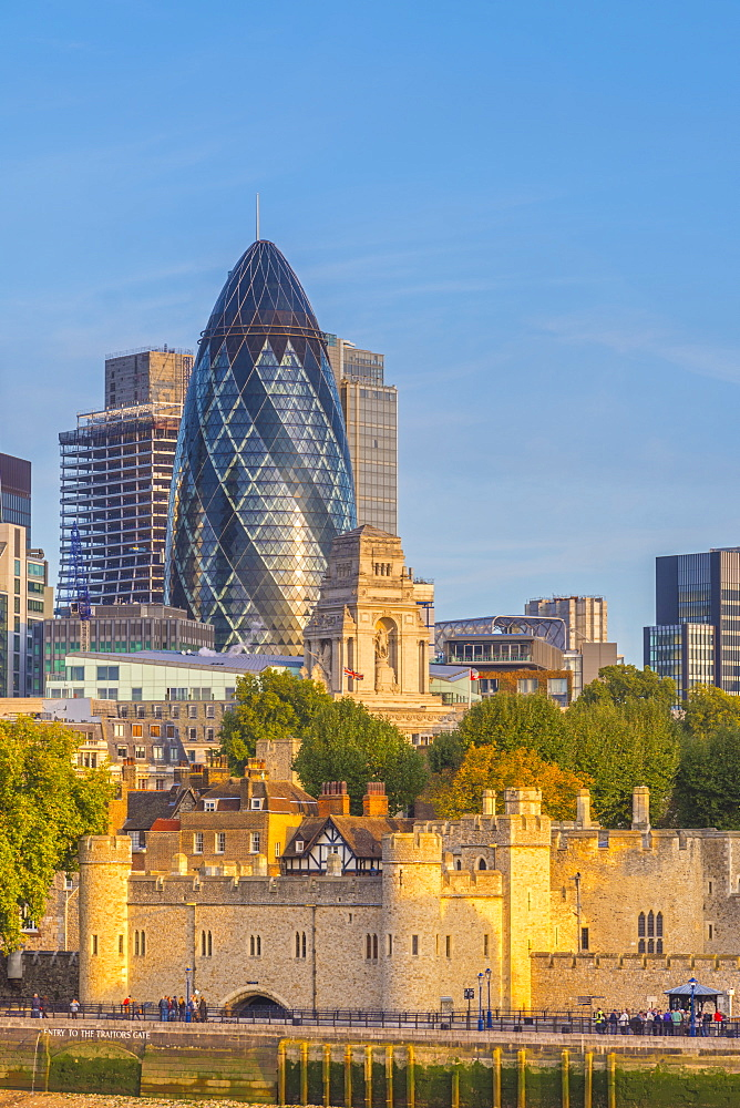 Tower of London, UNESCO World Heritage Site, and the Gherkin (30 St. Mary Axe), City of London, London, England, United Kingdom, Europe - 828-1117