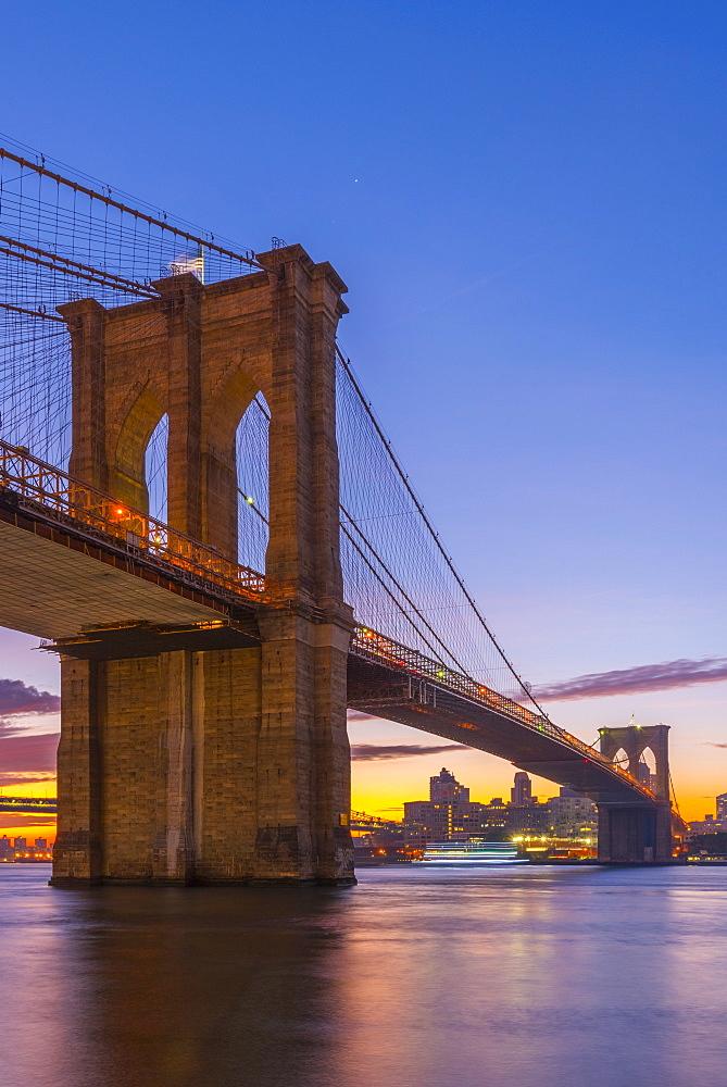 Brooklyn Bridge over East River, New York, United States of America, North America