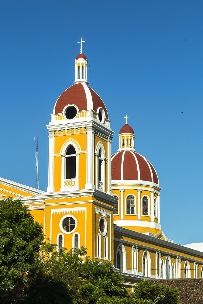 Granada Cathedral, first built in 1583 and sacked by pirates many times, in the heart of this historic city, Granada, Nicaragua, Central America