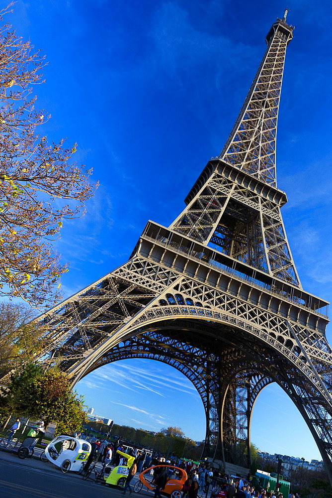 Eiffel Tower in autumn, Paris, France, Europe - 831-1518